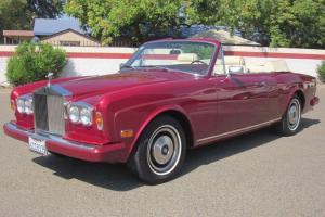 1981 Rolls Royce Corniche Convertible, Beautiful color, nice car.