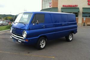 Beautiful 1968 Dodge 8 door Van
