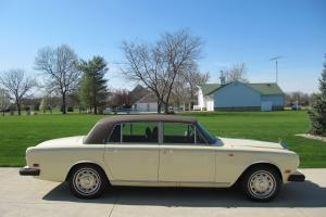 1976 Rolls Royce Silver Shadow LWB 4dr Sedan_ LOW MILES! * ( No Rust ! ) * Solid