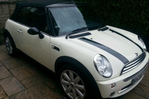 Mint Mini cooper convertable auto in cream