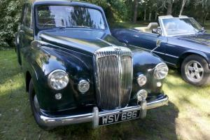 Daimler conquest in british racing green