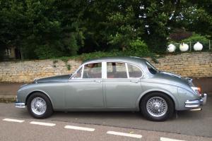 Jaguar Mk2 3.4 1961 (early car) auto wire wheels