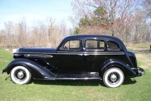 1936 Chrysler C-8