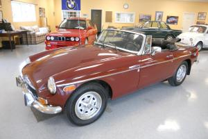 1973 MGB, LAST OF THE CHROME BUMPERS, NEARLY PERFECT, GREAT TOURING/DRIVING CAR
