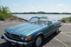 1981 Mercedes 380SL 380 560SL 560 W107 Photo