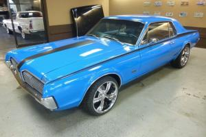 Collector 1967 Mercury Cougar GT 4 Speed