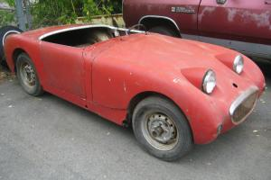 1960 Austin Healey Frogeye sprite with spare parts and extra spridget chassis Photo