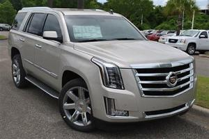 2WD 4dr Luxury New SUV Automatic Gasoline 6.2L V8 WITH ACTIVE FUEL Silver Coast