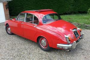 1964 Jaguar MkII 2.4 Overdrive - Red
