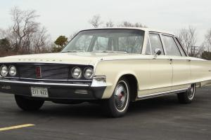 1965 Chrysler Newport Town Sedan
