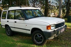 Land Rover Discovery V8I 4x4 1996 4D Wagon 5 SP Manual 4x4 3 9L Multi