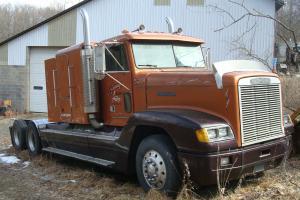 1991 FREIGHTLINER Conv Cab Truck Tractor W Sleeper