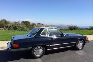 1989 560SL Navy Blue, New Paint, New Convertible Top, Chrome Wheels
