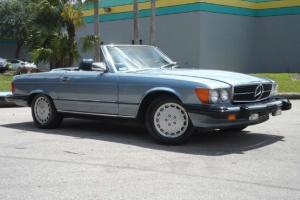 560SL HARD/SOFT TOP CONVERTIBLE VERY CLEAN LOW MILES BLUE/BLUE