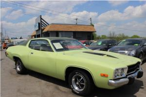 1973 PLYMOUTH ROAD RUNNER 3 SPEED 318 ALL ORIGINAL CLEAN CAR RUNS GREAT