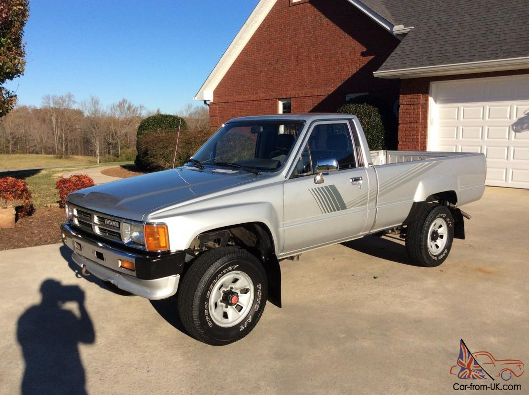 Toyota Other Dlx Standard Cab Pickup 2 Door