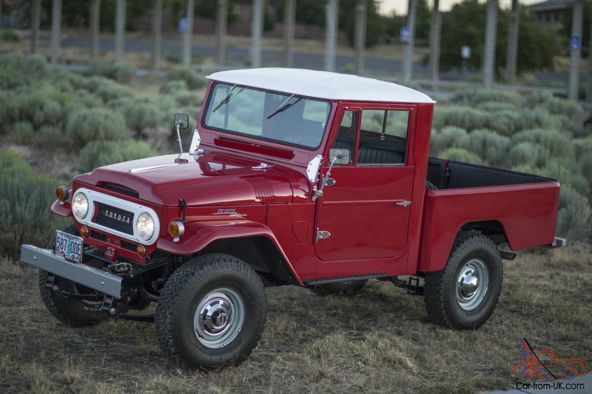 Toyota : Land Cruiser FJ45