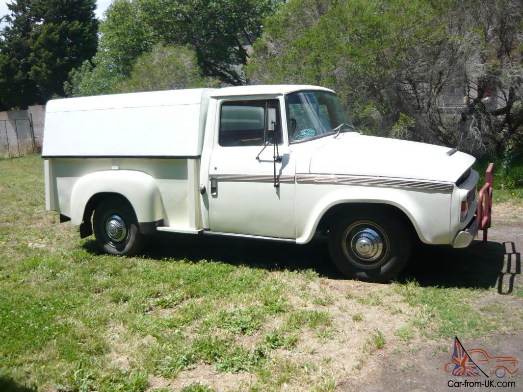 Vintage Dodge D5N Pick UP Truck