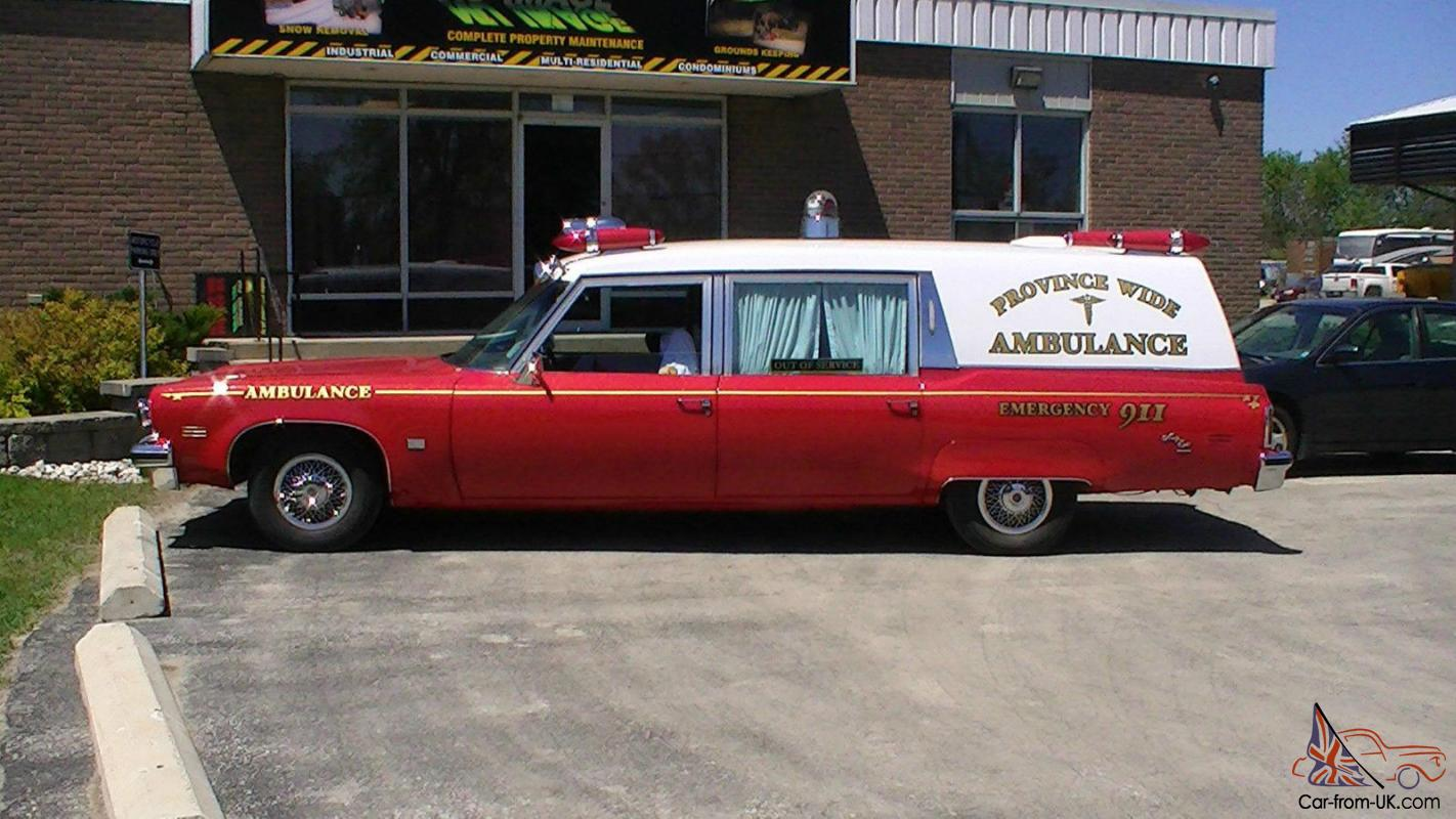 Oldsmobile : Ninety-Eight Ambulance