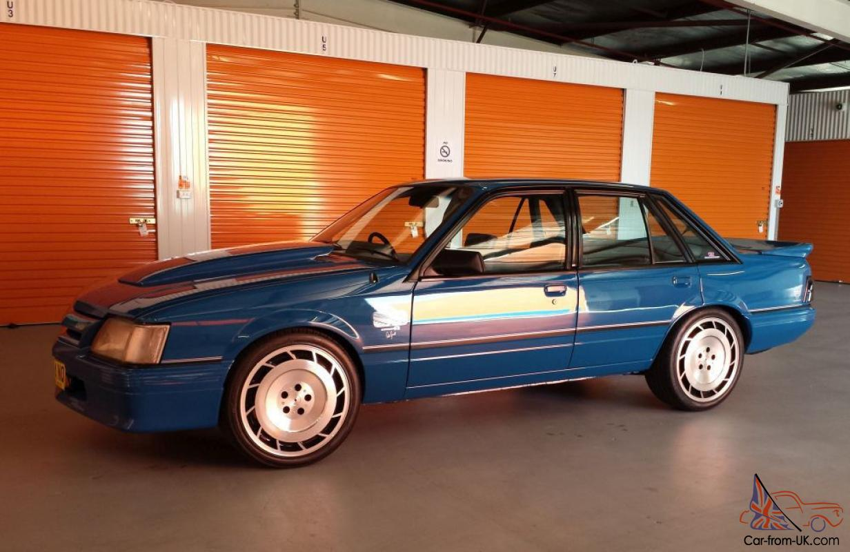 holden commodore v8 manual for sale