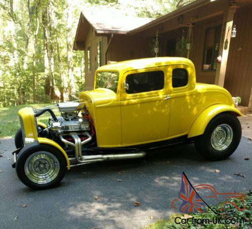 1932 Ford Model A 5 Window Coupe