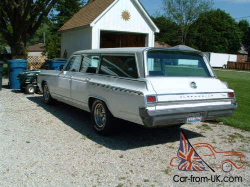1964 Oldsmobile Dynamic 88 Station Wagon