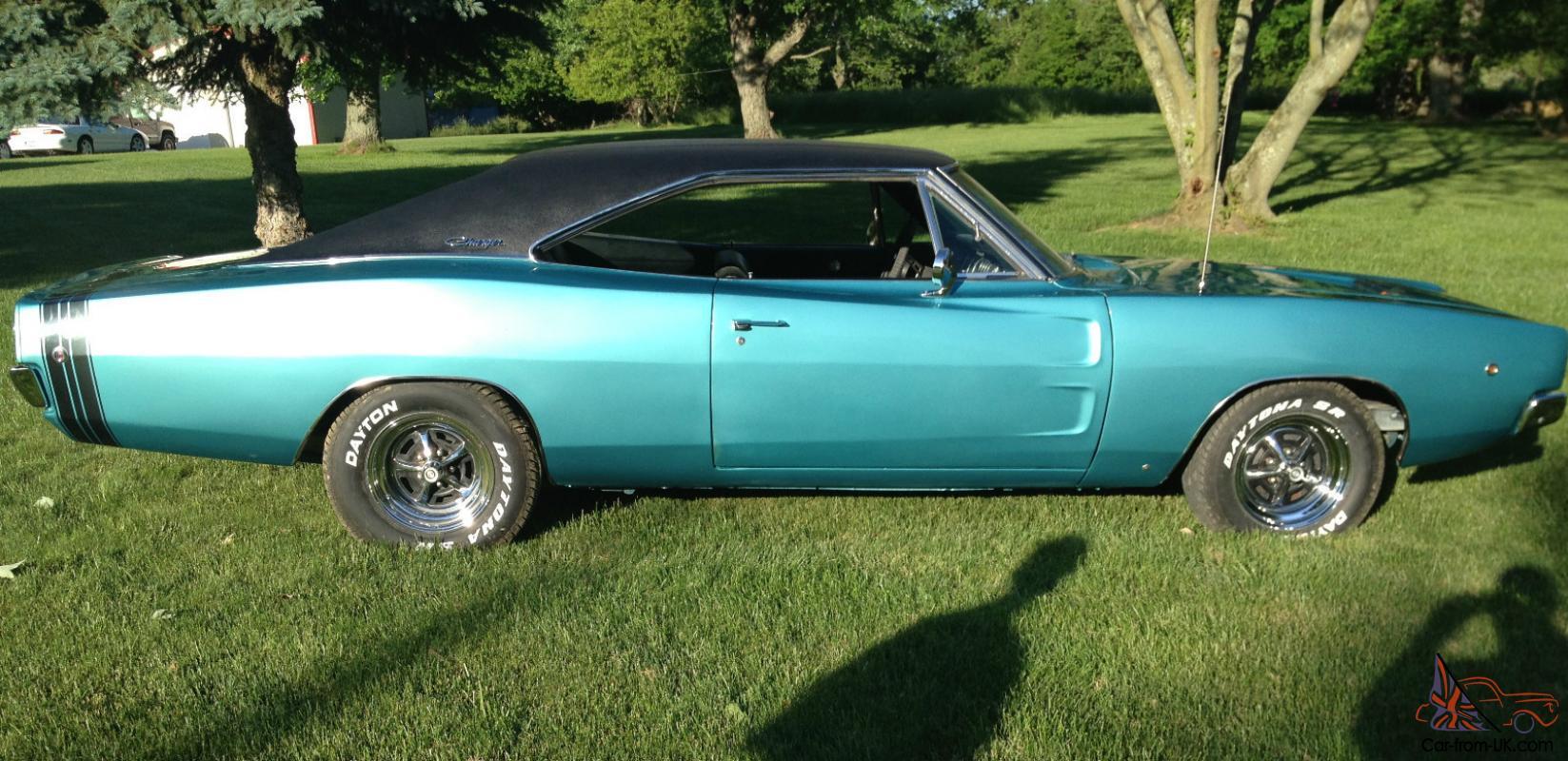 1968 Dodge Charger R T 2 Door 383 6 3l V8 Mopar Q5 Turquoise Vinyl Top Automatic