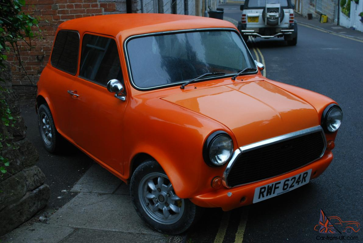 De Seamed Classic Mini 1977 Restored