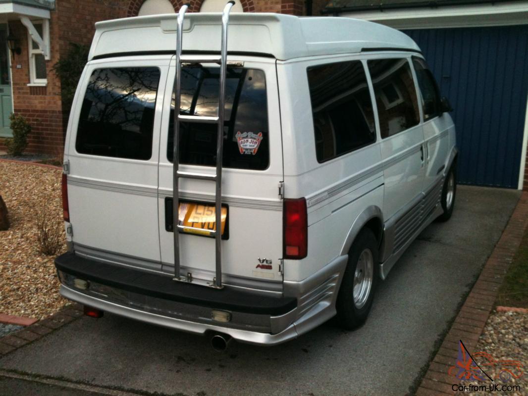Chevrolet Astro Day Van 1994