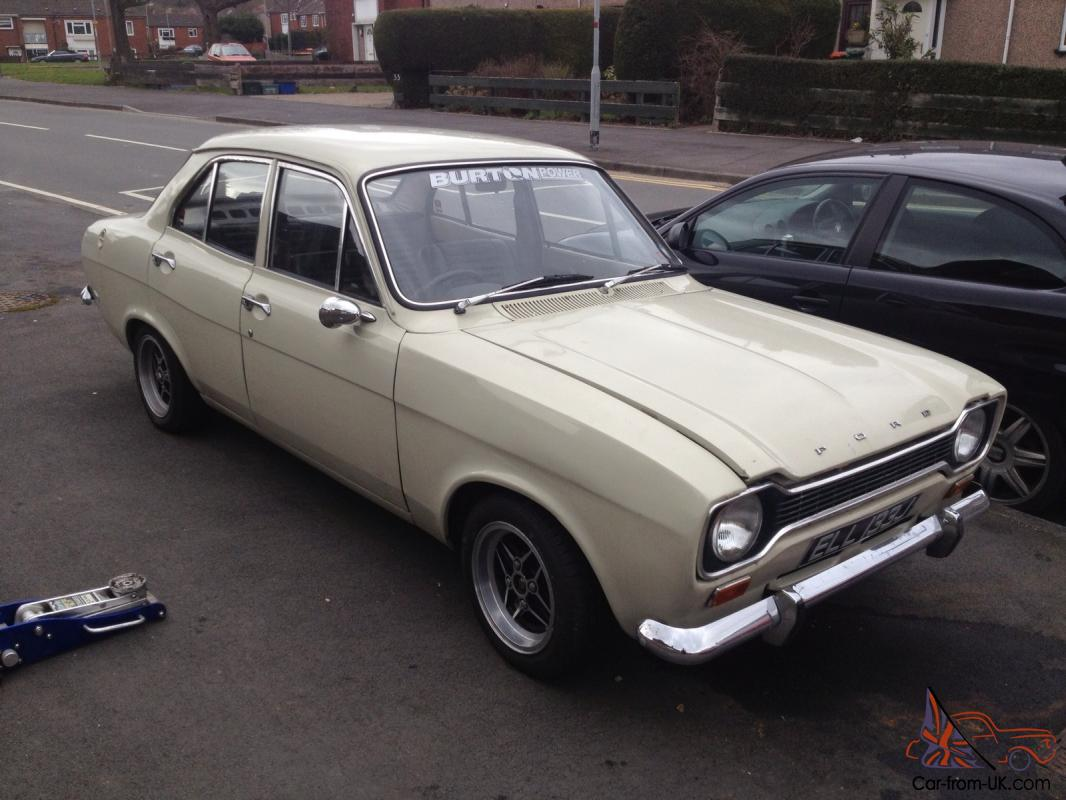 ford escort mk  door   pinto tax  twin carb