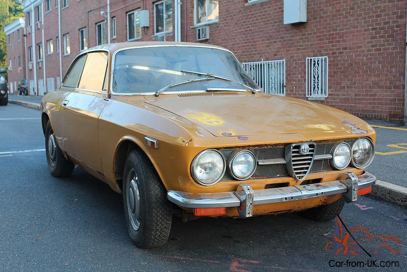 TWO 1971s ALFA ROMEO GTV 1750 COMPLETE PROJECT CARS 2000 GIULIA SPIDER GT  VELOCE