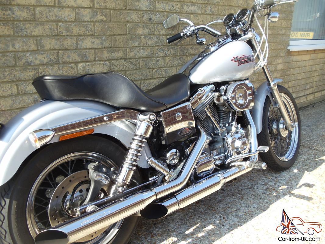 Harley Davidson Dyna S...