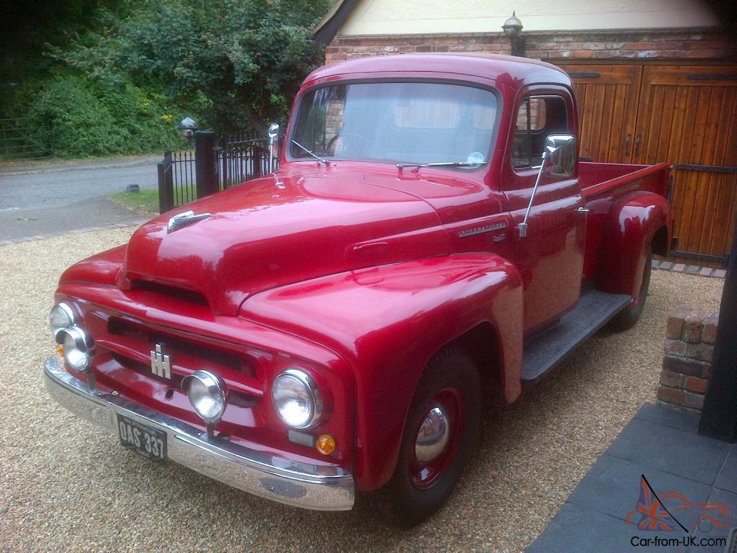 1954 International Harvester R110 Stepside truck