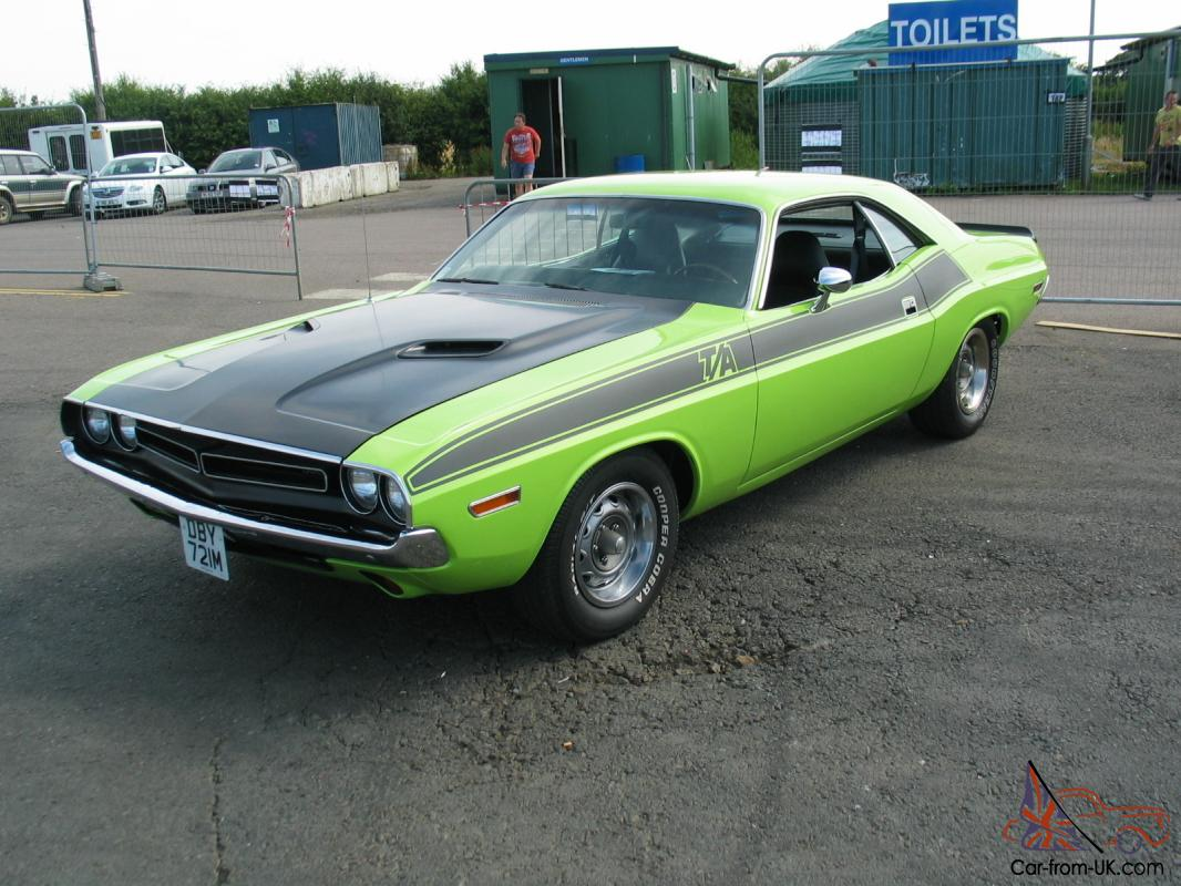 1974 DODGE CHALLENGER - SUB LIME GREEN 1971 CLONE