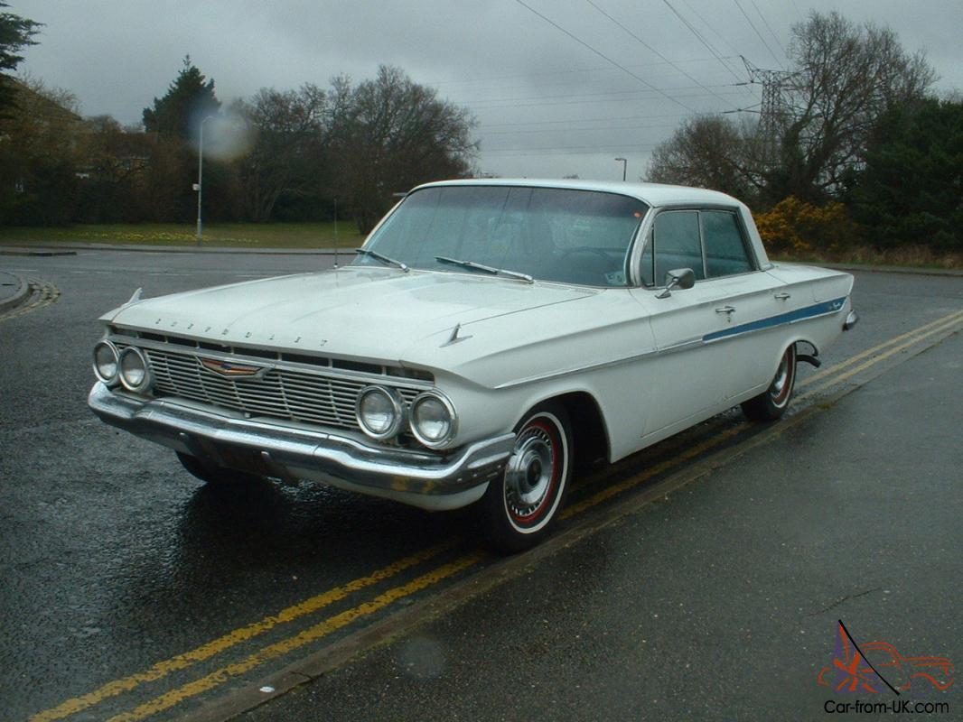 1961 CHEVROLET IMPALA 4 DOOR HARDTOP - RARE CAR