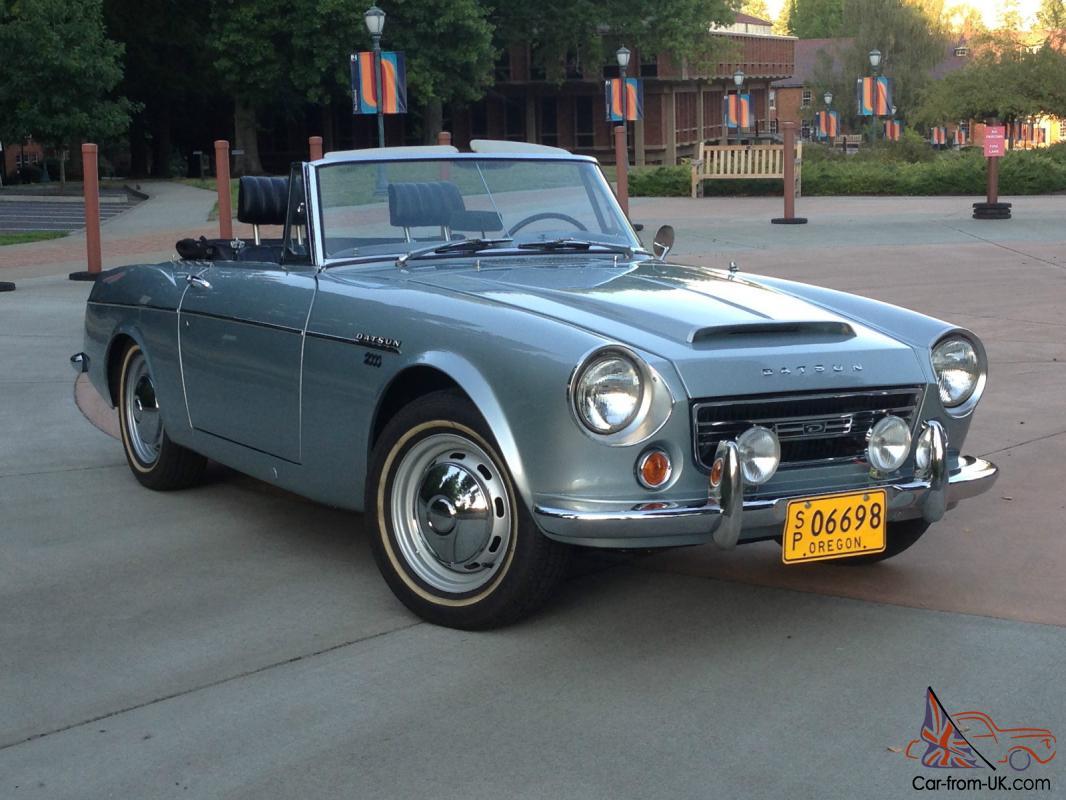 1967 1 2 Datsun Roadster Solex 2000 Fairlady Very Rare