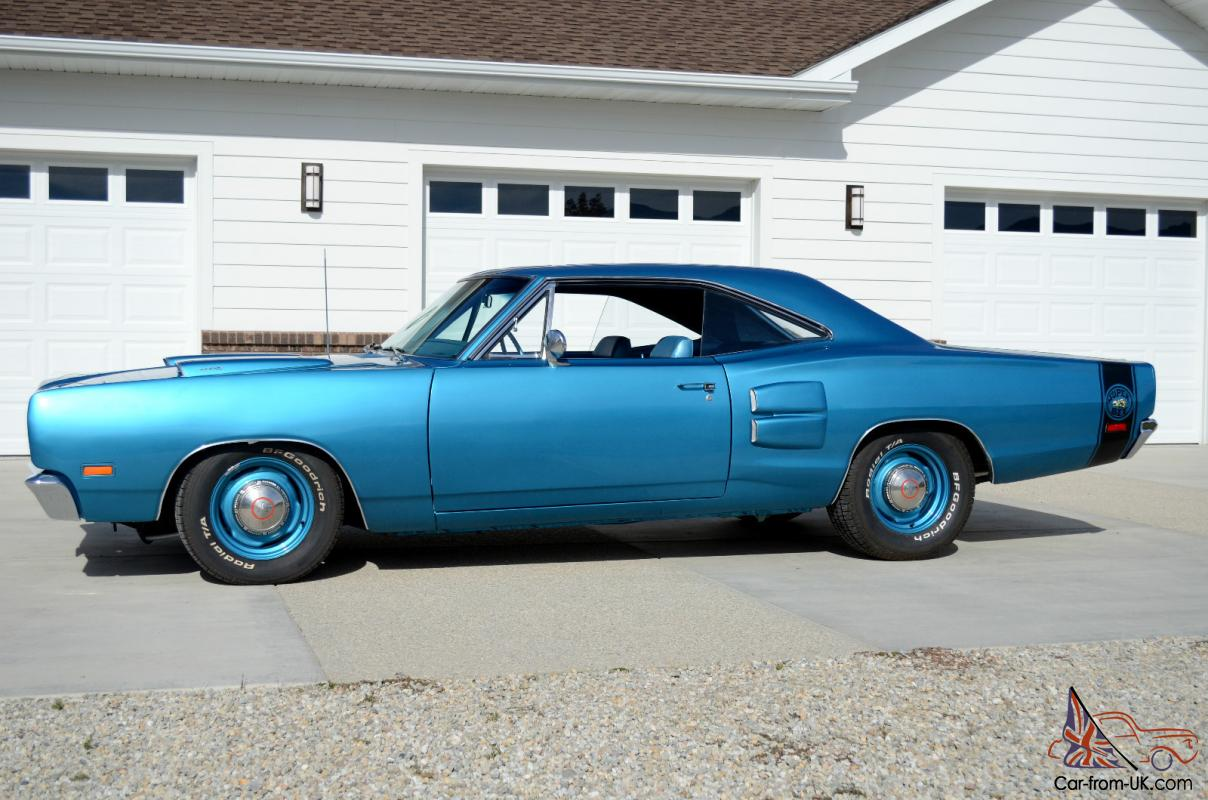 1969 Dodge Super Bee, B5 Blue, Ram Air, Restored