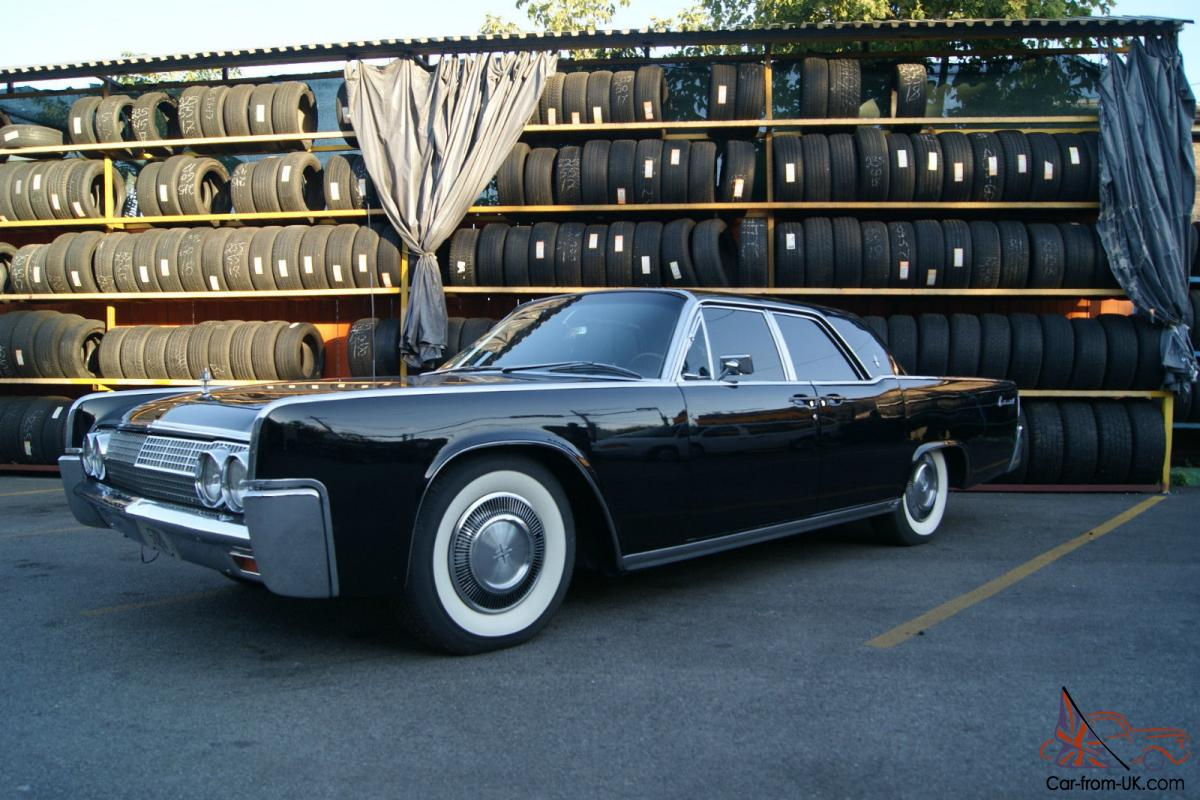 1977 Lincoln Town Car 2 Door Coupe