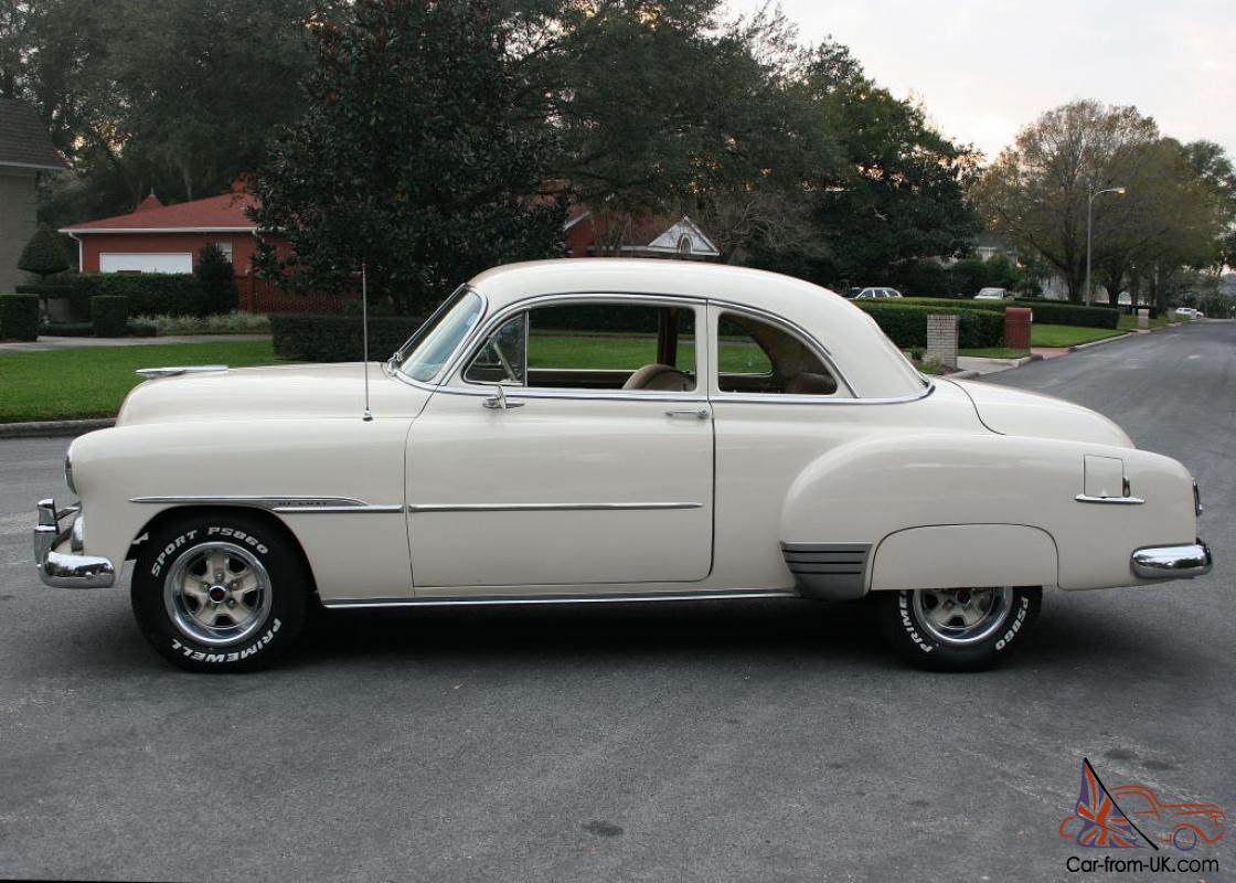 Coupe 1951 chevy sport coupe : DELUXE SPORT COUPE V-8 RESTOMOD