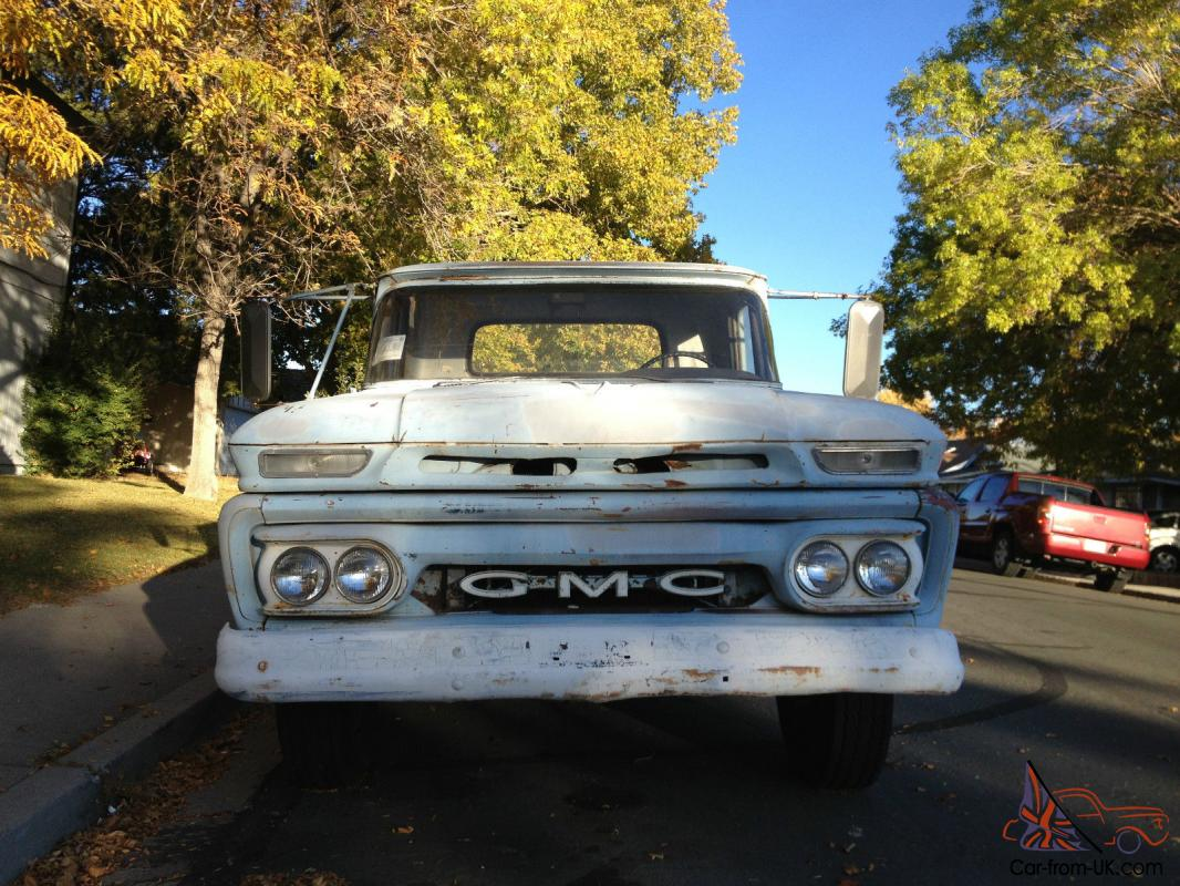 GMC ,like Chevy Chevrolet, 1 T on dually truck pickup, flatbed ...