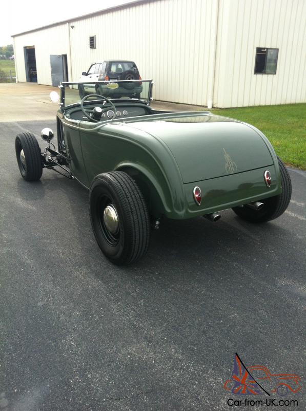1932/32 FORD ROADSTER