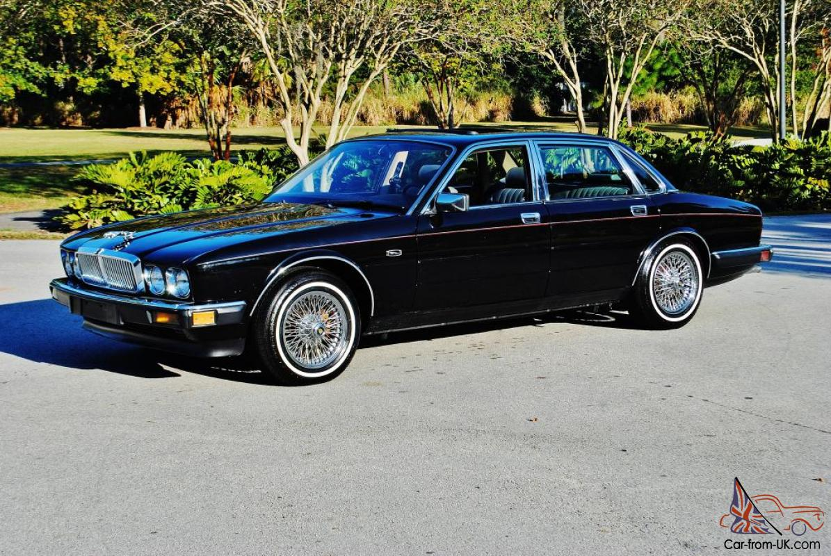 Absolutly stunning 1988 Jaguar XJ6 low miles no issues dayton wire wheels mint