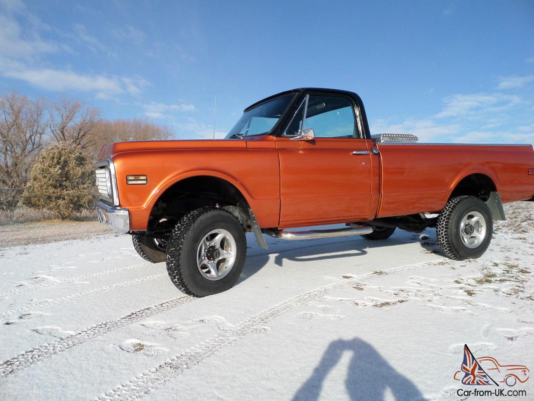 1972 Chevy K20, 3/4 ton 4x4 Pickup  Completely restored