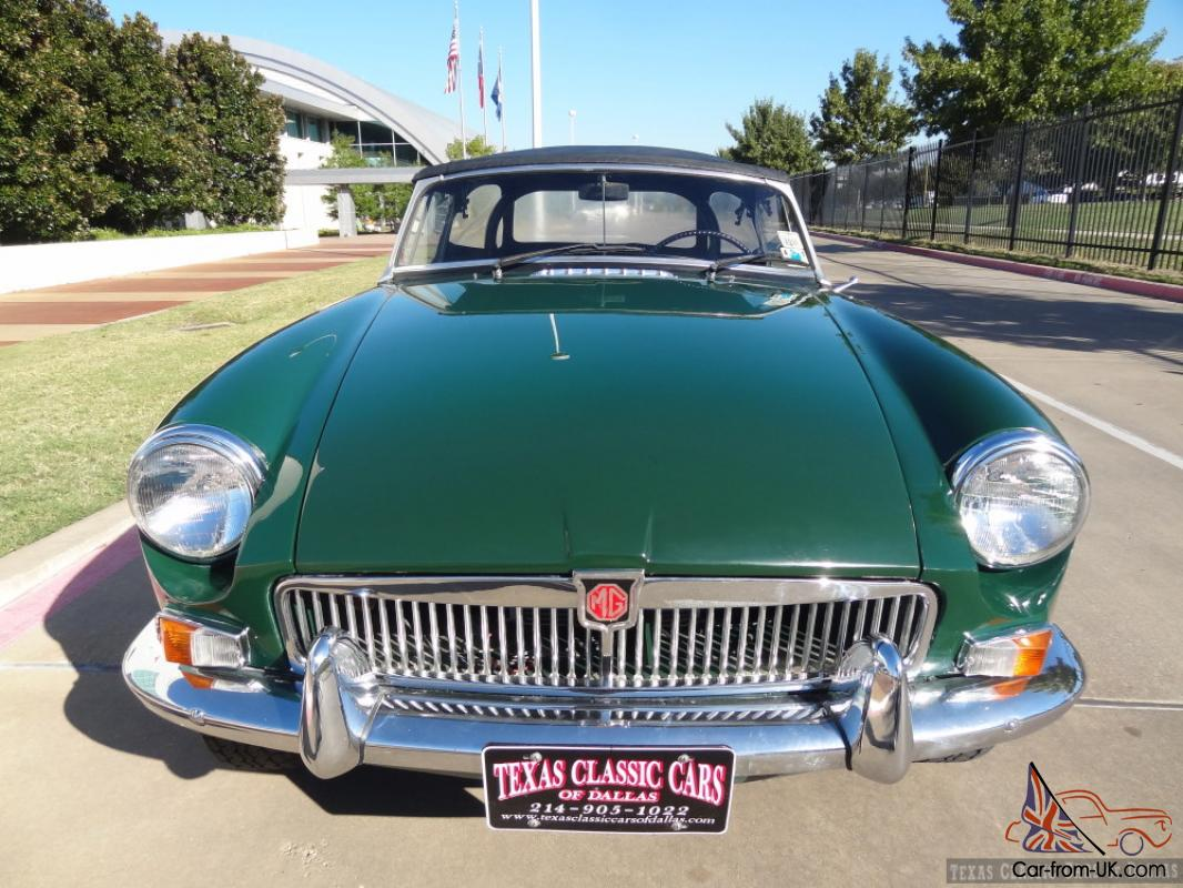 1965 MG MGB Roadster Classic / Performance Built 4-Cylinder / Roll Bar /  VIDEO