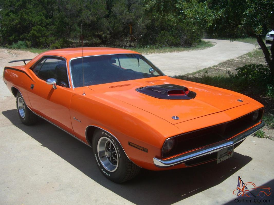 1970 Plymouth Barracuda 440 cid with 4-Speed and Shaker Hood