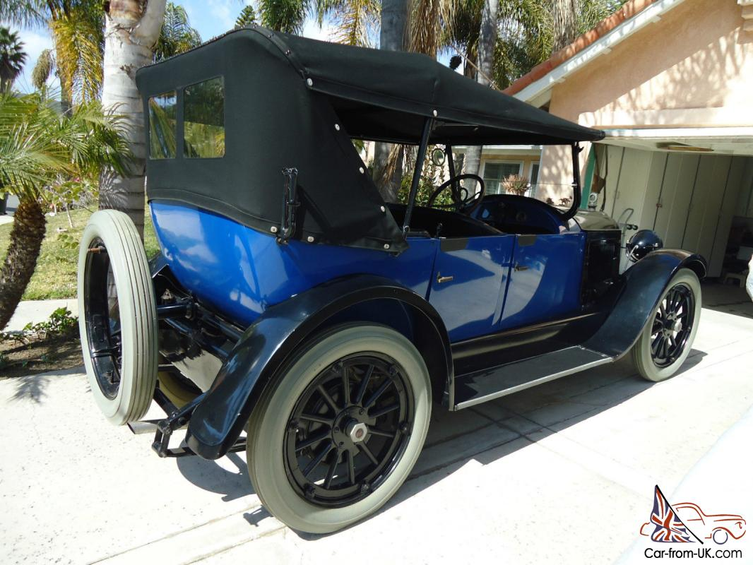 1920 Willys Knight Touring Car