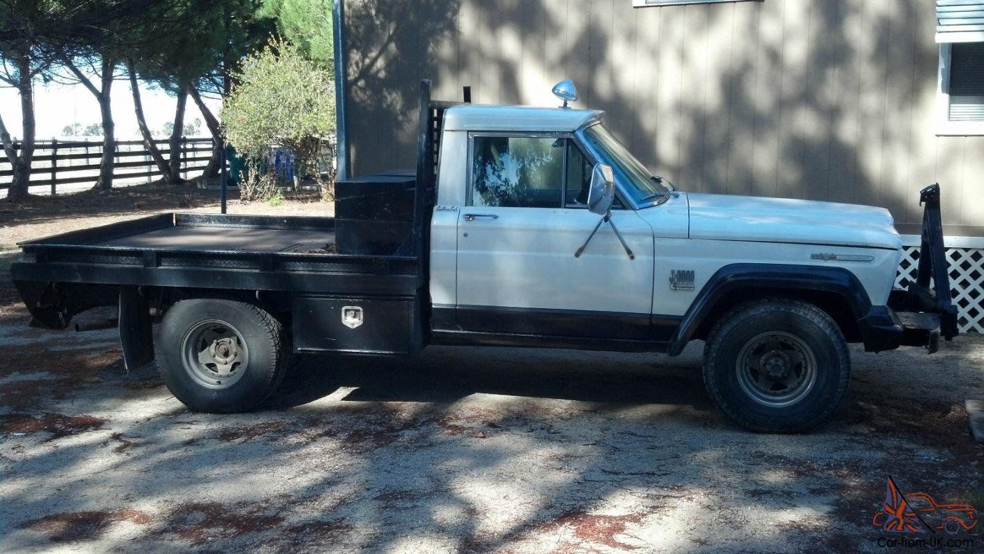 Jeep : Other Gladiator J3000