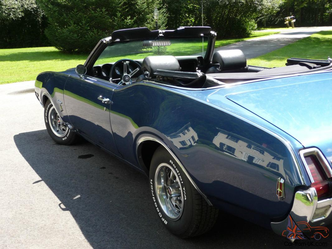 Stunning Trophy Blue Convertible  Bucket Seats, Console, AT,PS,PB, Factory  A/C