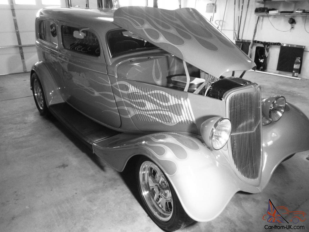 33 Ford Vicky Sedan, Hot rod Show car Pro touring Flames Henry Ford all  steel