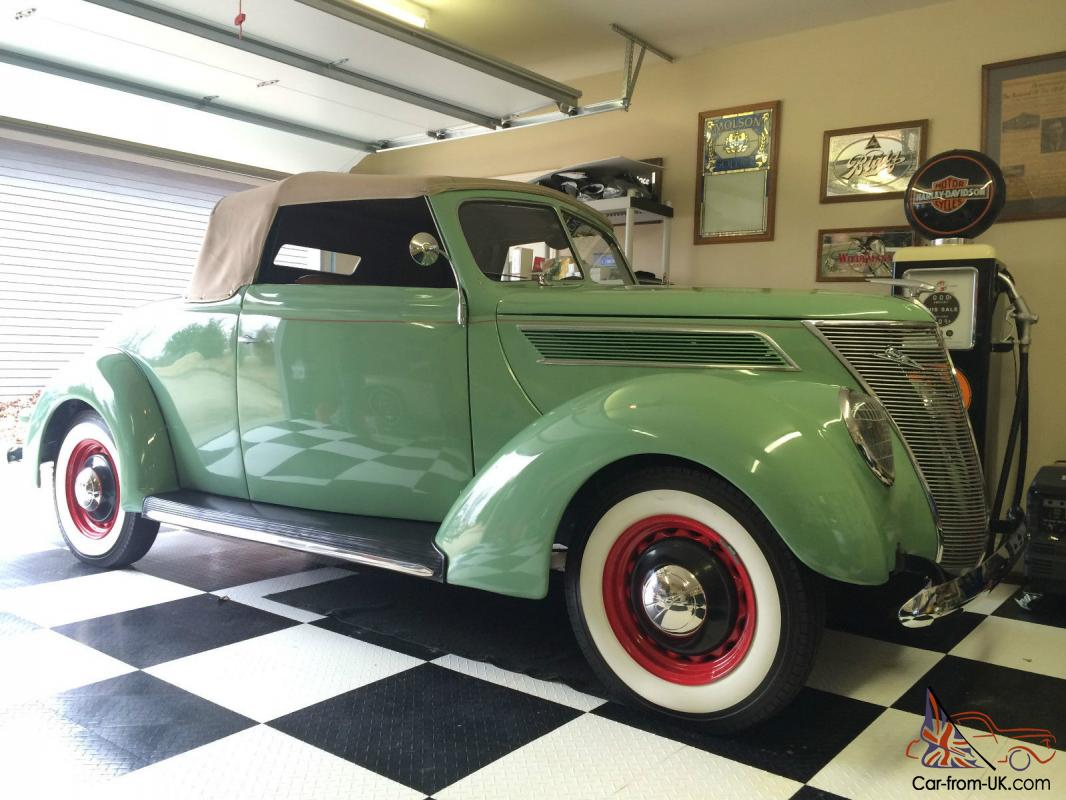 1937 Ford Cabriolet Convertible W Rumble Seat